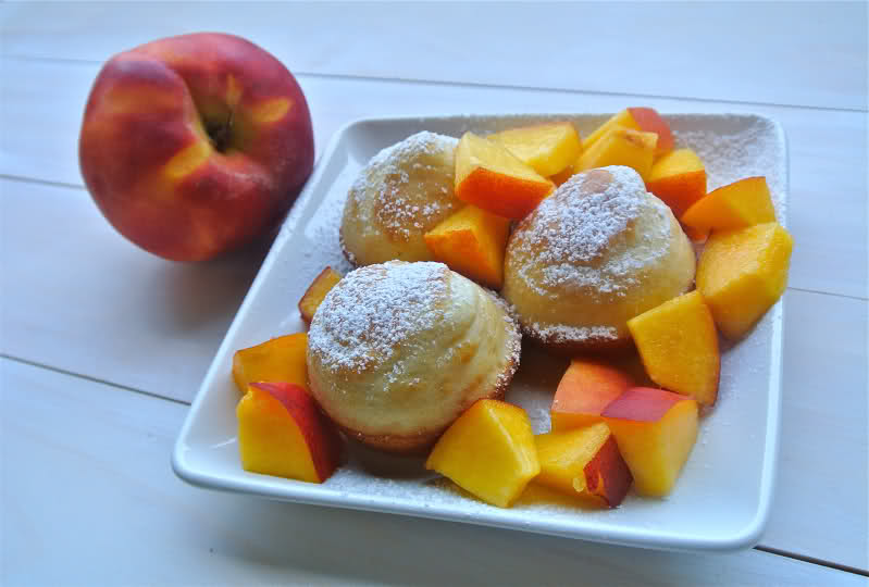 Pancake Muffins with Peaches