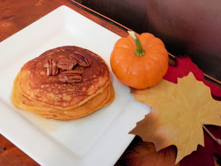 Easy Breakfast Recipes: Pumpkin Pecan Pancakes