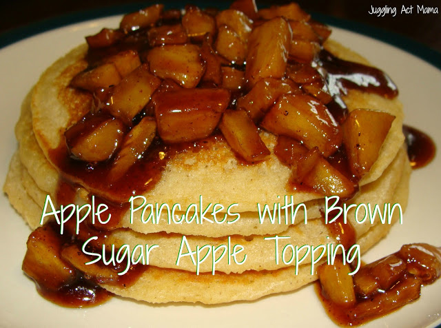 Easy Breakfast Recipes: Apple Pancakes