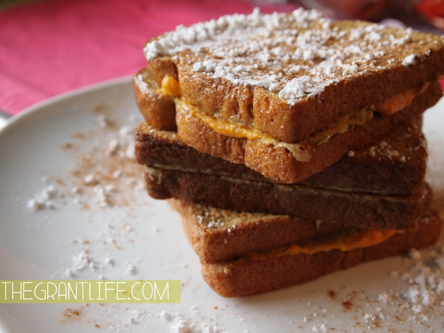 Easy Breakfast Recipes: Pumpkin Pie Stuffed French Toast