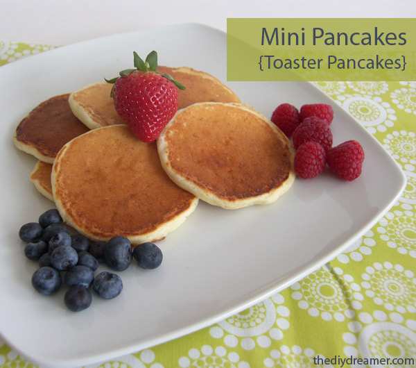Easy Breakfast Recipes: Mini Pancakes