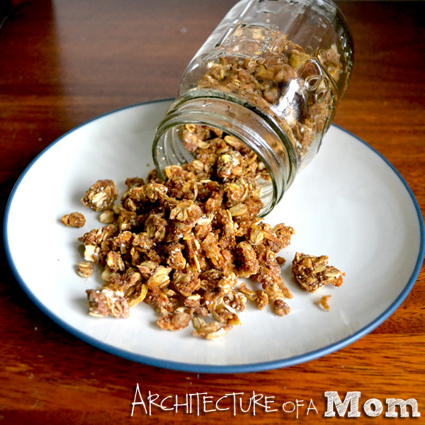 Easy Breakfast Recipe: Apple Pie Granola