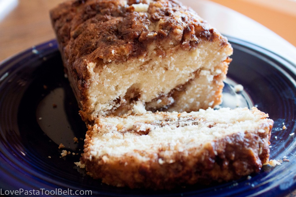 Easy Breakfast Recipe: Apple Cinnamon Bread